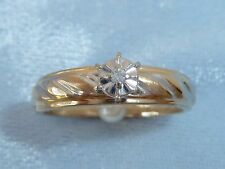 Vintage 10K Yellow Gold Engagement Ring, 1.5mm round Diamond, size 7