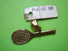 PENDENTIF RAQUETTE DE TENNIS PLAQUE OR VINTAGE 70 NEUF/NEW  PENDENT GOLD PLATED