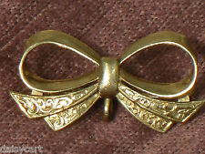ANTIQUE ENGRAVED   FULLY HALLMARKED  9ct  GOLD  BOW BROOCH PENDANT