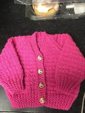 Hand knitted hello kitty bouton fille bébé rose cardigan 0-3 mois