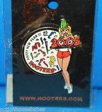 HOOTERS RESTAURANT SEXY GIRL 2005 HAPPY NEW YEAR!!! HOLIDAY PARTY LAPEL PIN
