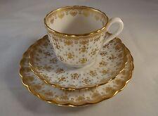 Porcelana Spode Fleur De Lys Oro Estriado trío Y8063 Placa Lateral Platillo de taza de té