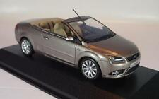 Minichamps 1/43 Ford Focus Coupe Cabriolet graumetallic in Werbebox #884