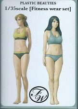 Plastic beauties 1/35 Fitness wear set MODELKASTEN
