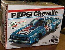 MPC Pepsi 1975 Chevelle NASCAR stock car model kit 1/25