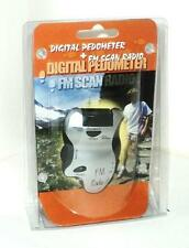 Digital Pedometer con FM SCAN RADIO & TORCIA LED ARGENTO