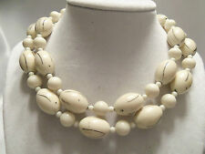 FUNKY COOL Design CREAM w/ BLACK Stripes ULTRA CHUNKY Beaded Necklace 13EN297