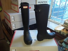 ADJUSTABLE HUNTER WELLIES WELLINGTONS  IN HALIFAX SIZE 7  BLACK TALL BACK