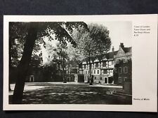 RP Vintage Postcard - London #T63  - Tower Of London, Tower Green & King House