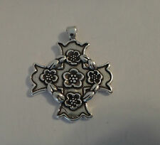 Sterling Silver 28x24mm 4.6g Amalfi or Maltese cross with roses Charm small bale