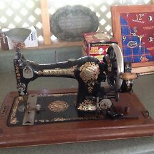 Jones (HAND CRANK) Sewing Machine (ANTIQUE) Late 1800's or Early 1900's