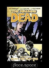 THE WALKING DEAD VOL 11: FEAR THE HUNTERS - GRAPHIC NOVEL