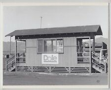 """DOLE DISPATCH OFFICE HELEMANO 1981 HAND PRINTED SILVER HALIDE FOTO ON 8X10"""" MAT"""