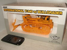 Nouveau miniature ERTL International à T-340 W/Bullgrader en gros 01:16 échelle