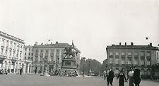 BELGIQUE c. 1940 - Voitures Place Royale à Bruxelles - DIV 7986