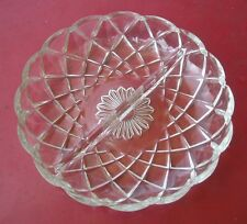 VINTAGE DIVIDED RELISH DISH / CLEAR CANDY DISH