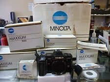 Minolta Maxxum 7000si 35mm SLR Film Camera and Accessory Pack Bundle