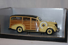 1939 Chevy Woody Wagon, 1/18 scale, diecast, Motor City Classics, China
