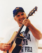 GARTH BROOKS   COUNTRY MUSIC STAR   8x10 COLOR PHOTO