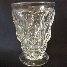Verre H 12,3 cm en cristal moulé translucide Louis-Philippe 1er
