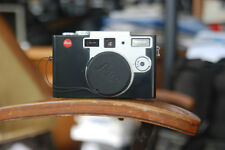 Leica Digilux 1 camera body with lots