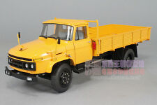 Original 1:24 141 old liberation truck yellow alloy car model