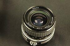 Nikon NIKKOR 24mm  f 2,8 AI
