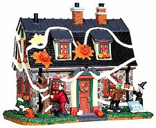 Lemax 45674 TRICKED-OUT HOUSE Spooky Town Lighted Building Halloween Decor R