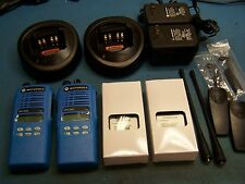 2 Motorola HT1250 UHF 450-512MHz  128 Channel Mint AAH25SDF9AA5AN Blue TESTED