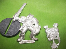 Warhammer 40K space marine apothicaire lot R3