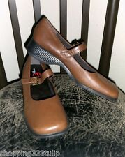 """Easy Spirit """"Woodland"""" Tan/Brown Genuine Leather Sz 10 Mary Jane Buckle Shoes"""