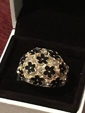 LARGE CHUNKY GOLD METAL RING SET WITH BLACK FLOWERS & CLEAR GLASS DIAMONDS(73)