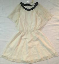 BCBG ENERATION DRESS IVORY/PEARL LACE WITH LINING OPEN BACK SIZE - XS ~ NWT