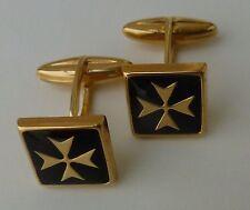 plaqué or boutons de manchette carrés croix de malte avec émail noir style baril