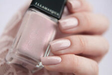 Illamasqua color Pink Raindrops Limited Nail Varish/ Polish Manicure Musthave