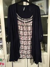 141 Evans Plus Sz 26/28 Navy Thin Jersey Cardy Attached Floral Check Top