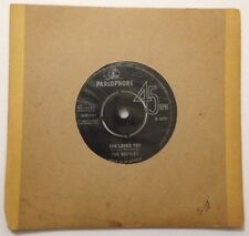 """THE BEATLES 7"""" Vinyl Single 1963. SHE LOVES YOU *** FREE POSTAGE ***"""
