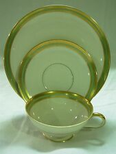 HUTSCHENREUTHER SELB BAVARIA SEAFOAM GREEN & GOLD TEA CUP SAUCER PLATE TRIO SET