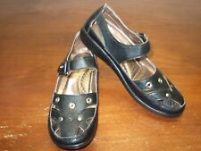 PIERRE DUMAS MARY JANES......SIZE: 7......EXCELLENT CONDITION!