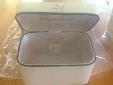 Dolce by D&G Gabbana Makeup Jewelry Hand Bag Case Training Box Ivory large NWT
