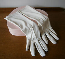 VINTAGE 1960s IVORY COLOUR THREE QUARTER LENGTH  GLOVES WEDDING PARTY