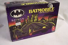 BATMOBILE WITH JET TURBINE ENGINE BATMAN RETURNS AMT ERTL MODEL KIT 1992