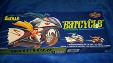 2003 Polar Light Batcycle Model Kit 1966 w/ Robins go-cart Batman