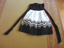 LADIES GORGEOUS BLACK & WHITE LINED SLEEVELESS DRESS BY HOT OPTIONS SIZE 10
