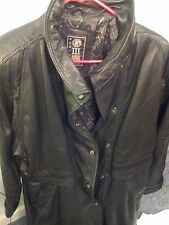 GIII 100% Leather Pleated Collar Long Men Trench Coat Cape Style sz Med