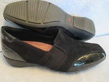 Womens Shoes CLARKS EVERYDAY Size 7 1/2 M SUEDE & CROCO PATENT FLATS
