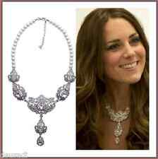 Collar Precioso estilo  Catalina de Cambridge, de Perlas Artificiales,Cristales