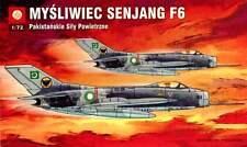 SHENYANG F 6 (MiG 19)  PAKISTANI AF MARKINGS 1/72 PLASTYK RARE!