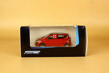 Plastic 1/43 new China Changan Benben RED color ( Plastic model )