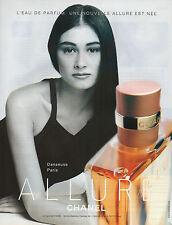 Publicité Advertising 2000  Parfum  ALLURE de CHANEL  pour femme  Danseuse Paris